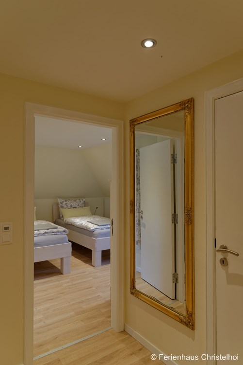 View of twin room Ursel from the first floor hallway