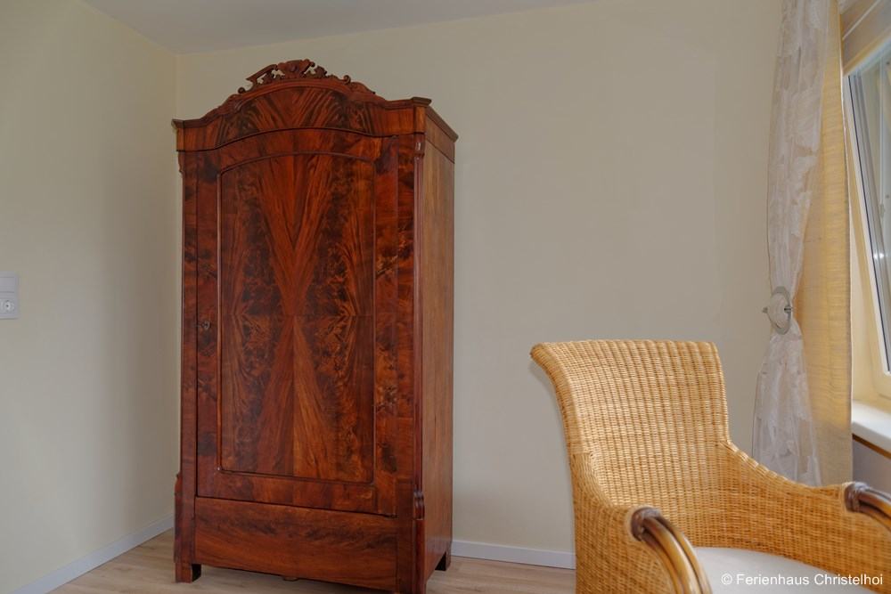 Wardrobe in the upstairs double bedroom